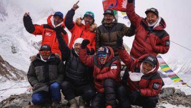 Photo of Nagranie z historycznego wejścia zimą na K2! Nepalczycy śpiewają kilka metrów przed szczytem