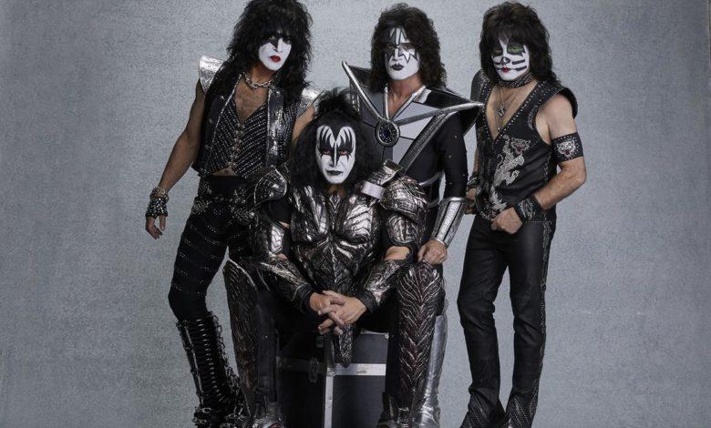 Photo of Koncert w Dubaju. Rockmani z KISS rekordzistami Guinessa! [WIDEO]