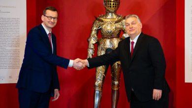 Photo of Szczyt Grupy Wyszehradzkiej z okazji 30-lecia V4. Zbroja Zygmunta II Augusta przekazana Polsce