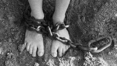 Photo of Ełk. Ojciec przykuł 12-letnią córkę 5-metrowym łańcuchem do podłogi