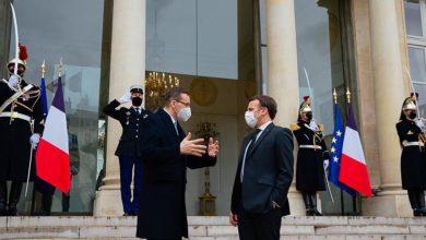 Photo of Paryż. Prezydent Francji Emmanuel Macron spotkał się z premierem Mateuszem Morawieckim