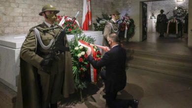 Photo of Obchody 11. rocznicy katastrofy smoleńskiej. Prezydent w Krakowie. Premier w Warszawie. Tanajno zatrzymany