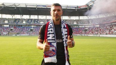 Photo of Lukas Podolski w Górniku Zabrze. Kibice powitali piłkarza [WIDEO]